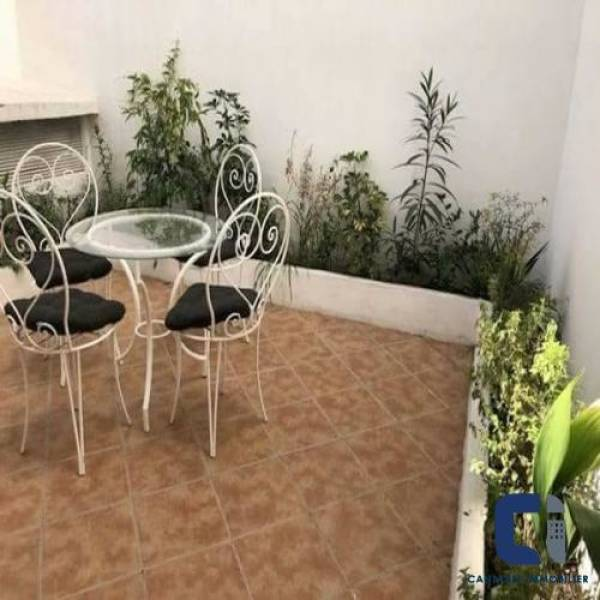 Studio en Location à casablanca 1.000.000 DH