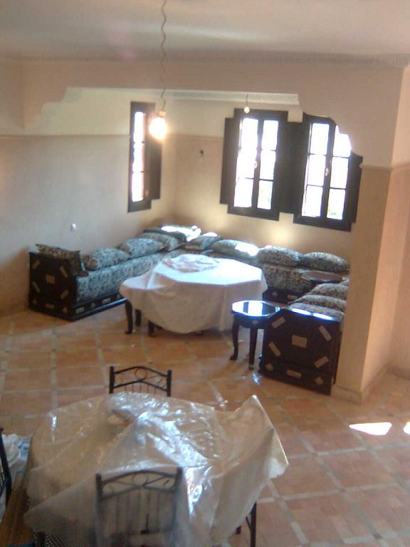 Villa-Maison en Location à marrakech 17.000 DH