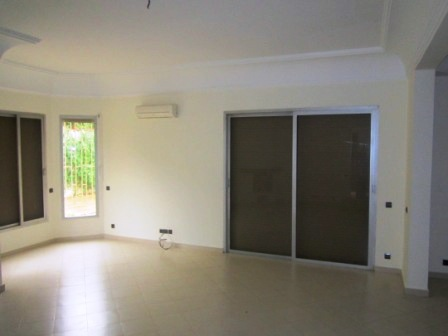 Maison en Location à rabat 18.000 DH